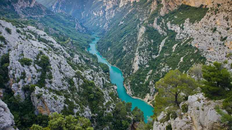 Les-Gorges-du-Verdon-review-side